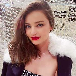 mirandakerr-diet-mind_160405eye